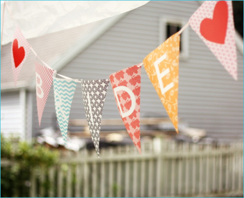 Hooray for bunting! | SouthBound Bride